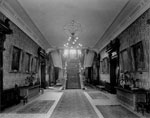 Historic photo from 1912 - Wallpaper and rugs in the entrance hall on the ground floor, Government House in King Street West