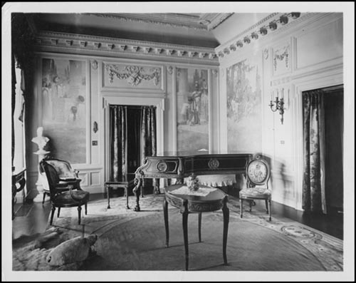 Historic photo from 1918 - Interior of Eatons residence at Ardwold - piano and artwork in South Hill